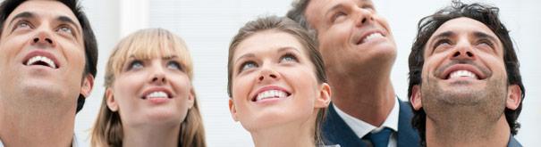 Счастливые люди. Проверьте удовлетворение и рабочих мест на Mojazarplata